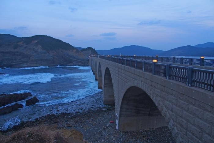 鹿の子大橋の波