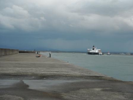 2012.11.04 能代離岸釣り風景