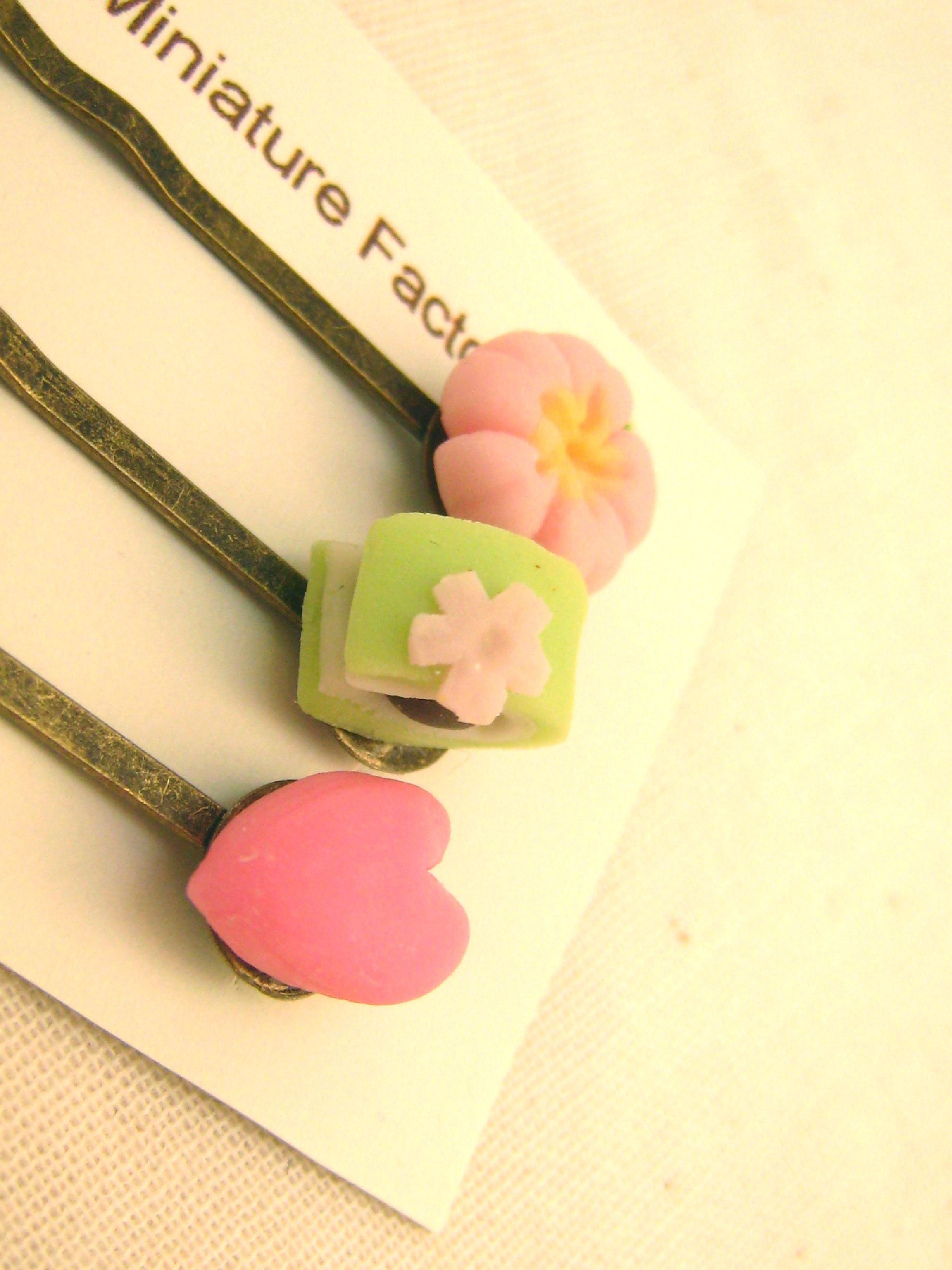 桜の和菓子ヘアピン1