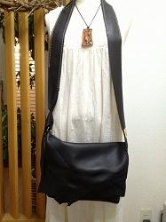 a-ショルダーバッグ黒