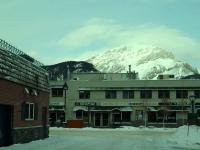 カルガリー空港→バンフへ2時間 雪景色