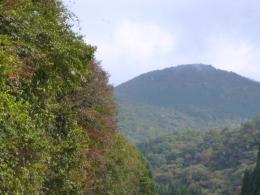 中国山脈の高い山々風景を眺めながら‥‥