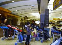 12月7日8時過ぎ 伊丹→成田15:55~カルガリー9:45到着 しました。
