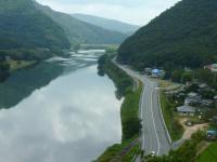 11:25吉井川と車を眺める
