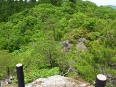展望のいい稜線をトラバースして天神山の山頂へ