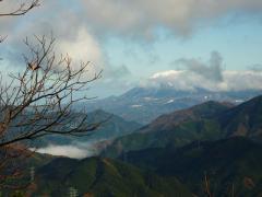 白銀の大山が見える