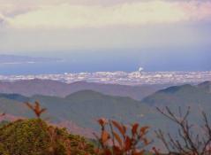 西方向には日本海は美保湾・美保半島が見える