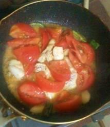 鶏肉のピリ辛~トマトソース煮