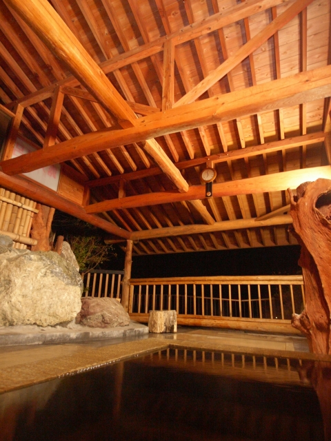 WT12011夜の露天風呂5