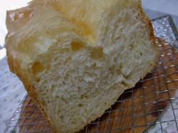 サラダオイルでパン