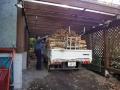 薪の搬入-1