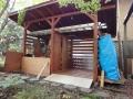 空の薪小屋