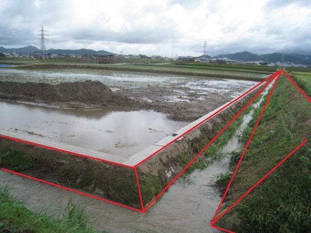 圃場整備の水路