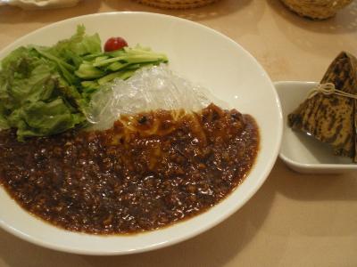 パパガーデン(ジャージャー麺)