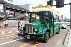 金沢緑色バス