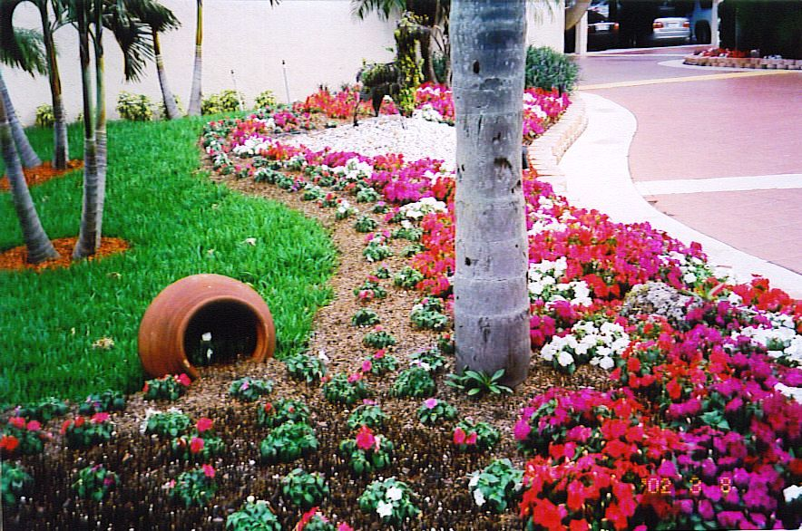 Tropical garden design software pdf for Tropical front garden designs