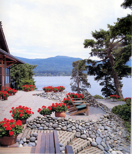 Rock your landscape with landscaping river rock
