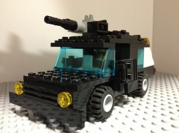 13式装甲トラック