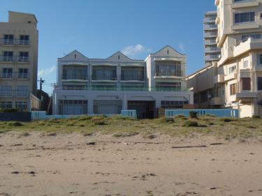 砂浜目前!
