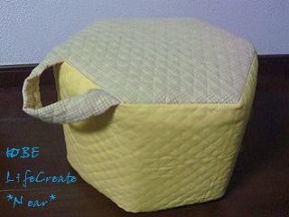 しあわせの黄色いパック椅子