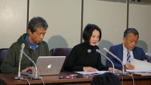 不起訴不当の議決を受けて記者会見する「健全な法治国家のために声をあげる市民の会」