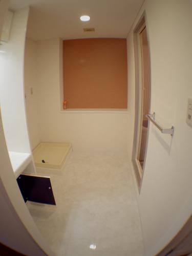 prebathroom.jpg