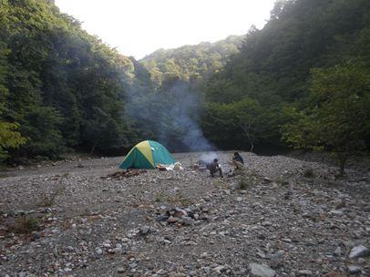 キャンプ001