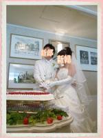 結婚式  ウェディングケーキ 白ドレス