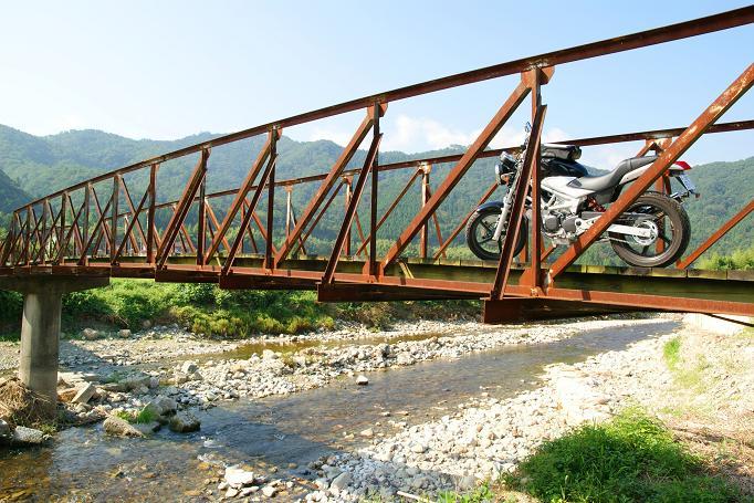 6古びた橋とVTR
