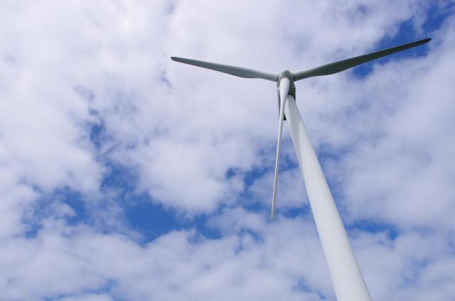 3青空と風車
