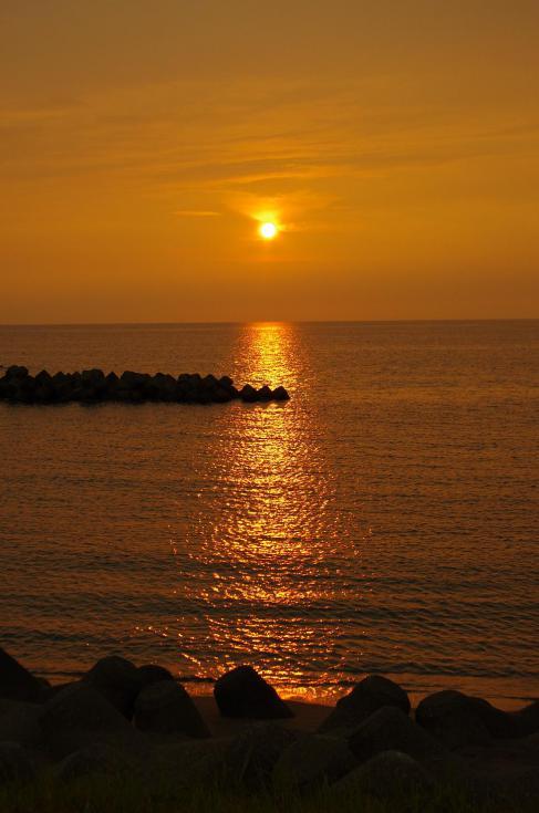 16夕暮れの海