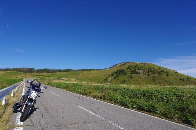 3緑の丘とBandit