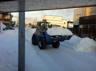 タイヤショベルで除排雪