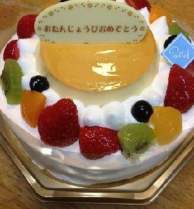 プリンつきケーキ