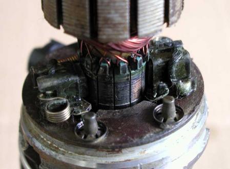W108 3.5 フューエルポンプ 分解