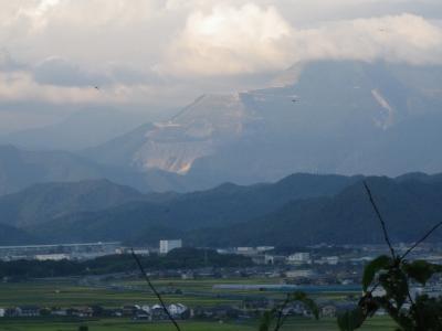 磯崎奥宮から伊吹山の眺め
