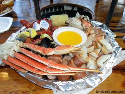crab-boil-at-the-crab-shack-on-tybee-island_convert_20120601080938.jpg