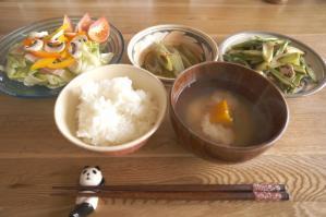 20120518-05 breakfast (800x532)