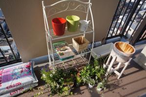 20120516-04 gardening (800x532)