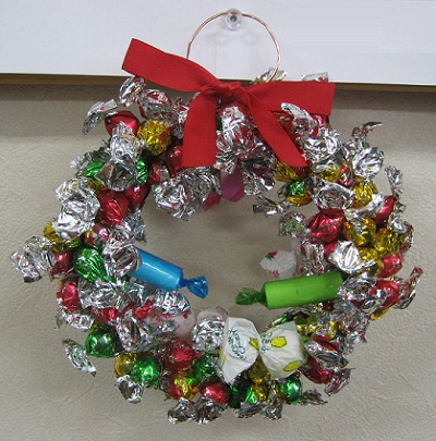 20121212_okashi_wreath.jpg