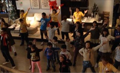エントランスでダンス!