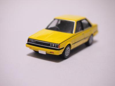 TLVN カリーナGT-R 黄色 フロント