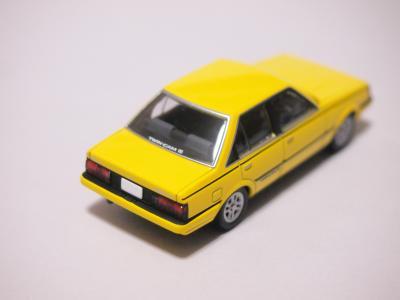 TLVN カリーナGT-R 黄色 リア
