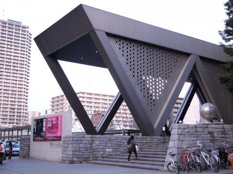 東京都現代美術館 入口