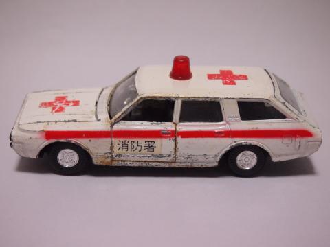 ダイヤペット ニュークラウンバンDX 救急車
