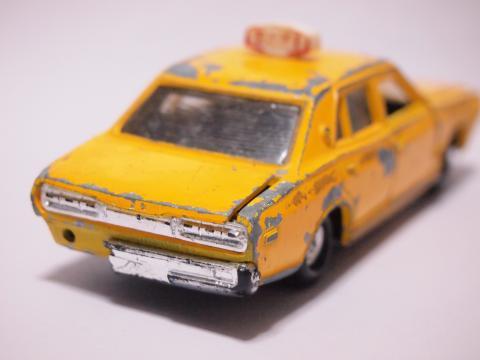 ダイヤペット  セドリック構内タクシー リア