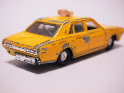 ダイヤペット セドリックタクシー リア