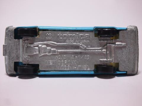 トミカ コロナHT1700SL