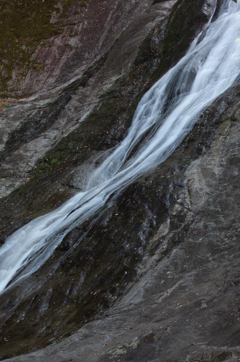 「観音滝」