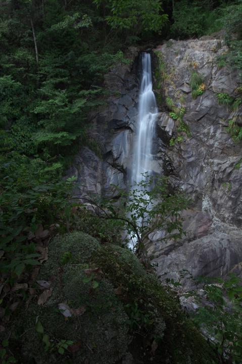 江津市の滝「坂本の大滝」